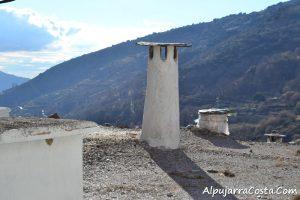 Chimenea típica de la Alpujarra